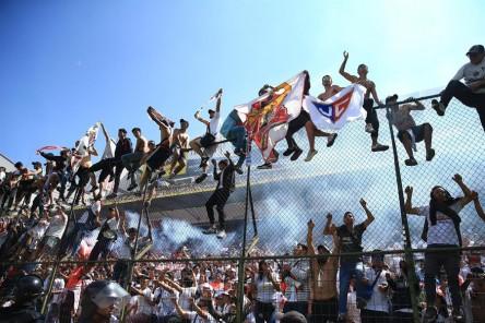 El fútbol ecuatoriano, castigado por COVID-19 y conflictos entre directivos