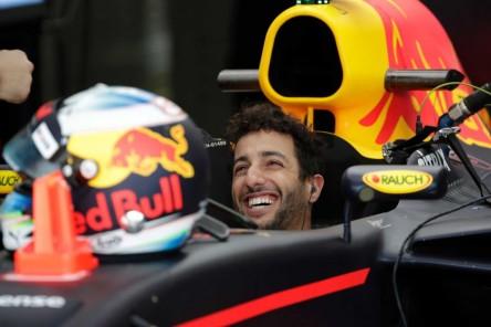 Ricciardo (Red Bull) lidera los primeros entrenamientos en Mónaco