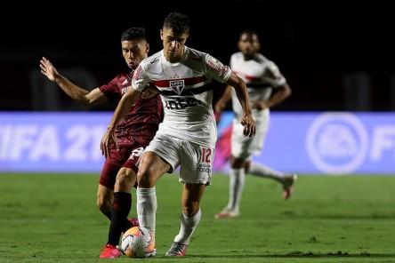 (2-2) Sao Paulo y River Plate se reparten puntos en Morumbí