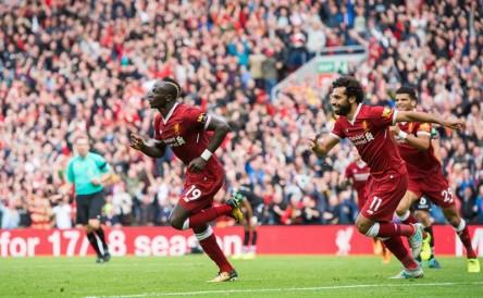 Tropieza el Arsenal, golea el United y gana con sufrimiento el Liverpool