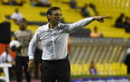 Bustos destaca entrega de sus jugadores para avanzar en la Libertadores