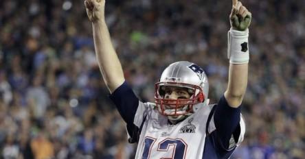 Patriots recuperan camisetas robadas de Brady y verán a Trump el 19 de abril