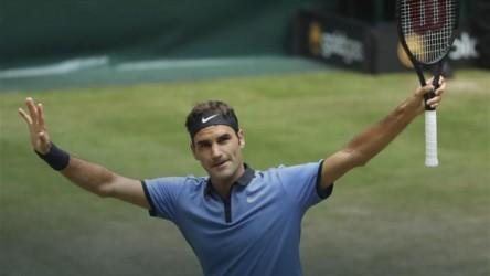 Federer, Alexander Zverev, Gasquet y Khachanov, semifinalistas en Halle