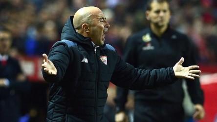 El vicepresidente de la AFA niega que han contactado al Sevilla por Sampaoli