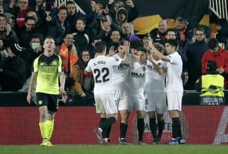 (1-0) El Valencia aprovechó su superioridad numérica para clasificarse