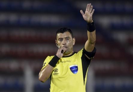 Definidos árbitros para juegos de Ecuador en Eliminatorias