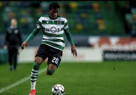 Pocos minutos de Plata en el regreso del fútbol en Portugal