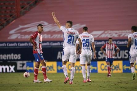 ¡Luis Fernando León, lesionado!