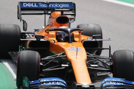 Carlos Sainz consigue su primer podio de F1 tras sanción a Hamilton