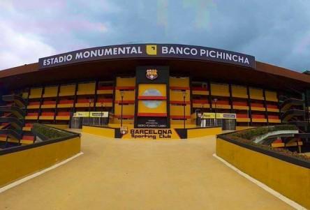 Acuerdo entre Barcelona y entidad financiera para auspicio del estadio