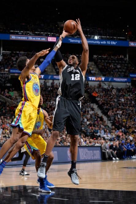 Aldridge y James dan triunfos importantes a Spurs y Cavaliers (Resumen)