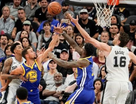 Lakers-Celtics y Raptors-Spurs, entre grandes duelos en calendario NBA 2018