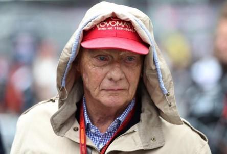 """Niki Lauda evoluciona de forma """"muy satisfactoria"""" tras trasplante de pulmón"""