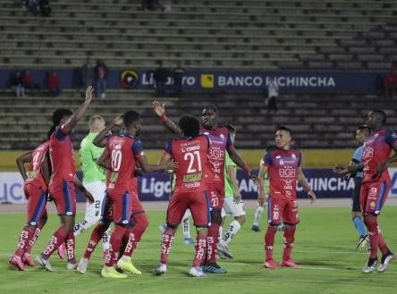 Cangá y Lara, bajas por un mes en El Nacional