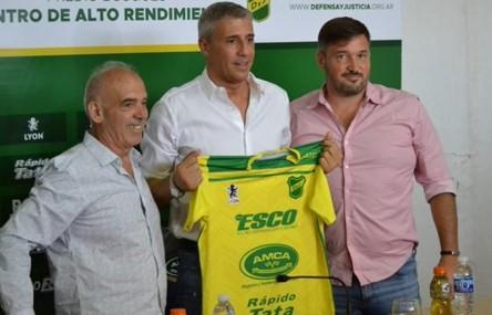 """Crespo asume """"feliz de volver al ruedo"""" como entrenador de Defensa y Justicia"""