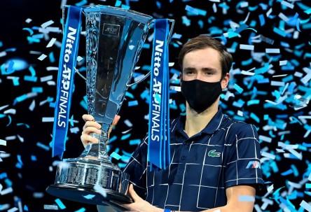 Medvedev se impone en el torneo de maestros de Londres