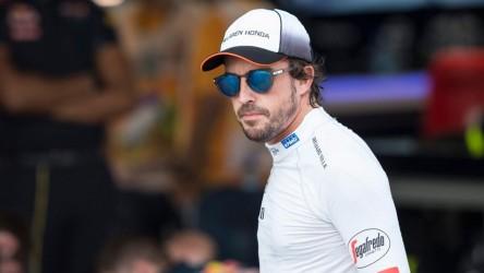 Fernando Alonso, penalizado con 15 posiciones en Bakú