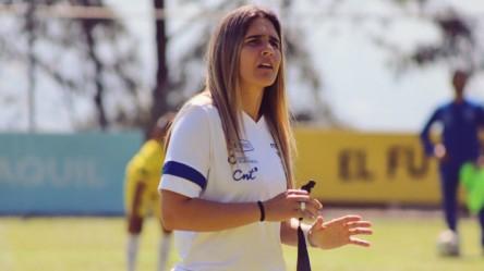 """""""Mi criterio es que la Superliga Femenina se juegue este año por zonales"""""""