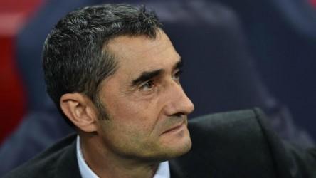"""Abidal: """"Si metemos más presión a Valverde, será más difícil"""""""