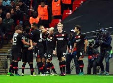 El Bayer Leverkusen asalta la quinta plaza