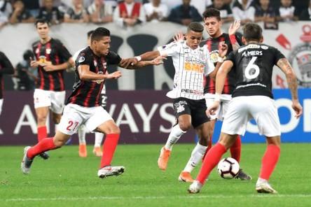 (2-0) Corinthians de Sornoza saca ventaja ante Deportivo Lara