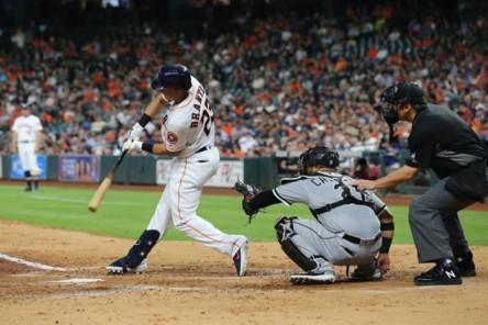 Medias Blancas logran grand slam y triple play; Astros y Yanquis jonronean