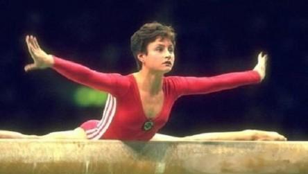 Muere la gimnasta rusa Shushunova, doble campeona olímpica en Séul 88