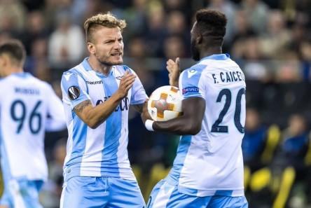 Lazio goleó, sin Caicedo