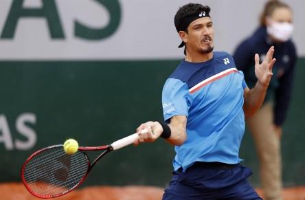 Gómez lucha, pero cae en la primera ronda de Roland Garros