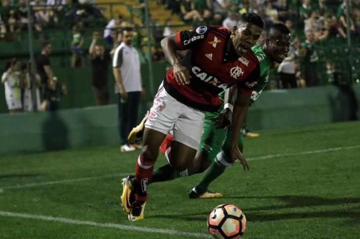 (4-0) Flamengo elimina al Chapecoense de los ecuatorianos
