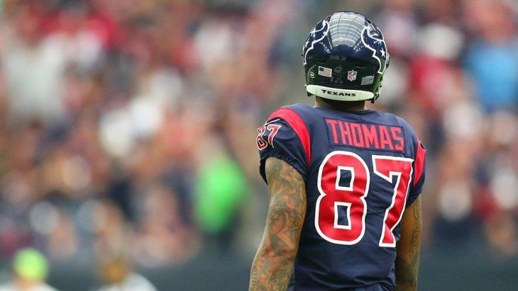 Thomas, ex jugador de Broncos y Texans, se declara culpable de un accidente