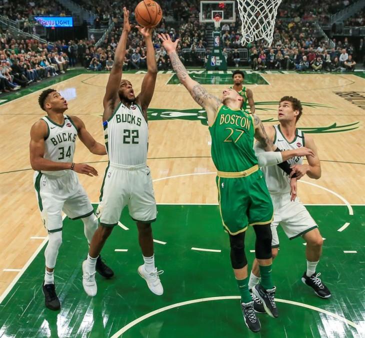 Los Bucks se afianzan y Pistons logran su mejor anotación