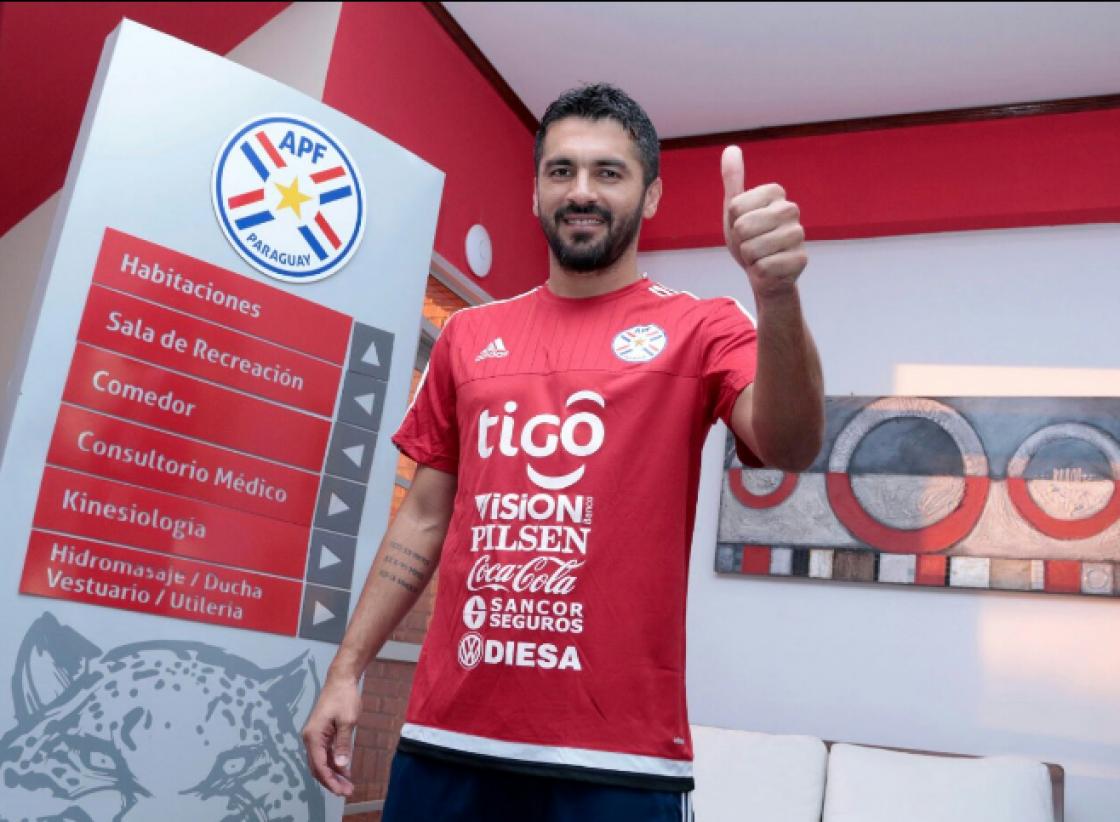 El goleador del torneo Apertura paraguayo fue convocado en sustitución del lesionado Nelson Haedo para medir a Ecuador