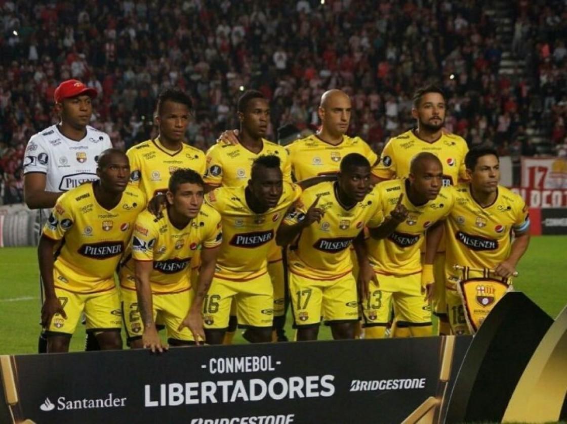 Oyola y Castillo constan en la lista de Almada para el reto contra Botofogo en el Monumental