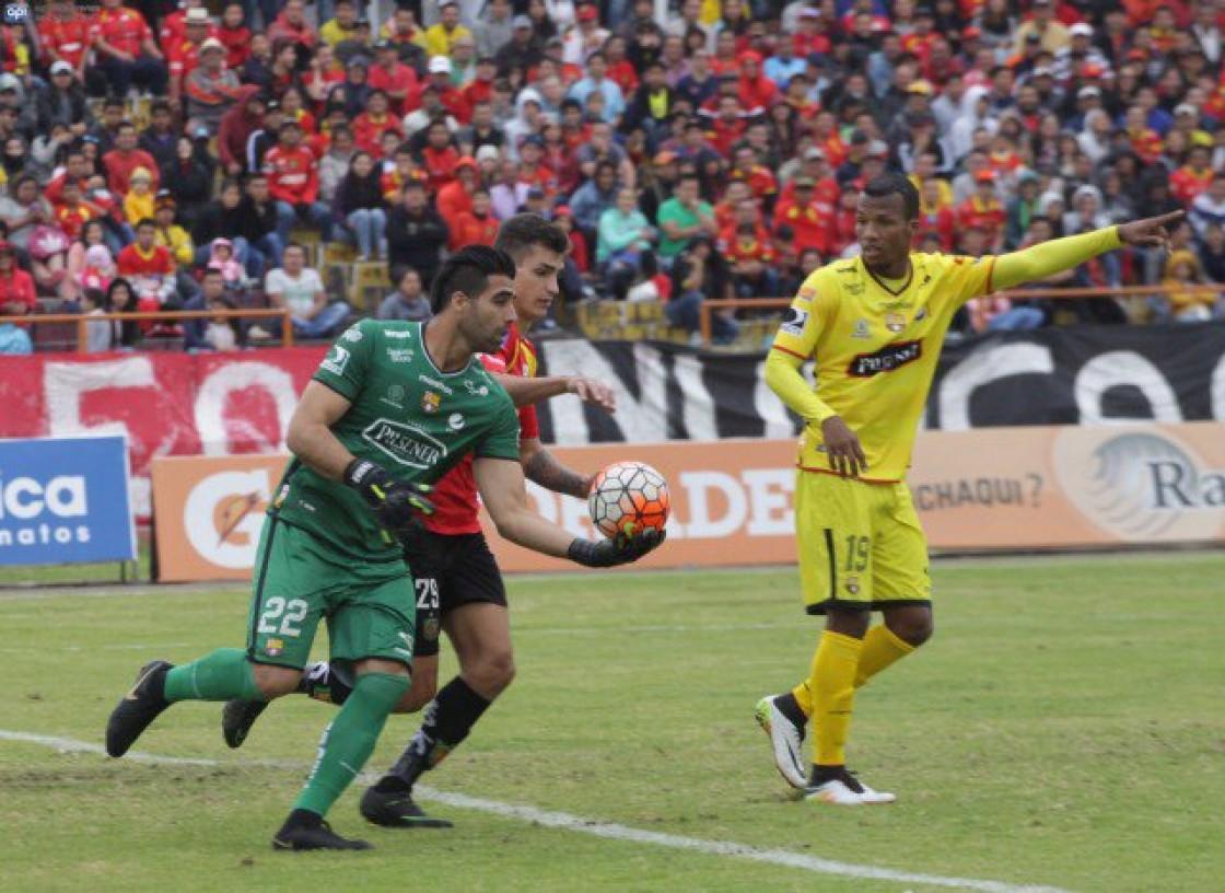 Alfaro Moreno ratificó que el golero no seguirá en el cuadro amarillo