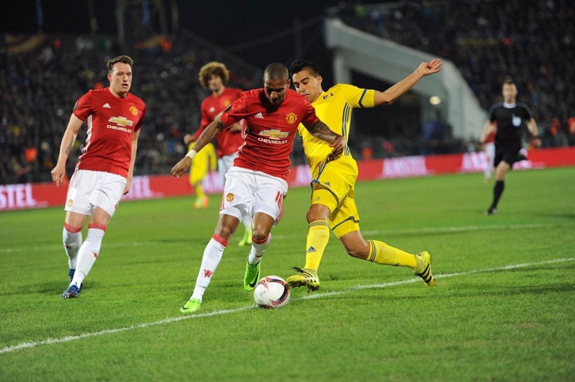 Cristhian Noboa fue titular, Antonio Valencia ingresó en a dos minutos del final