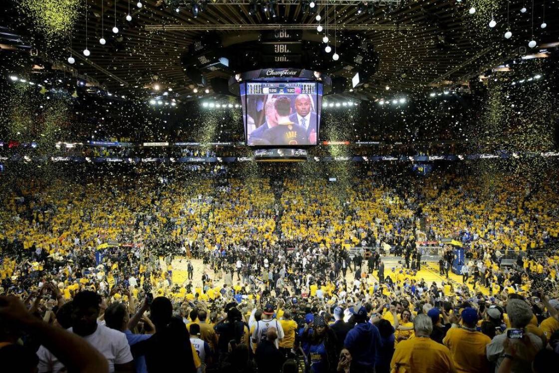 Los de Golden State marcan una época en la NBA al conquistar un nuevo título