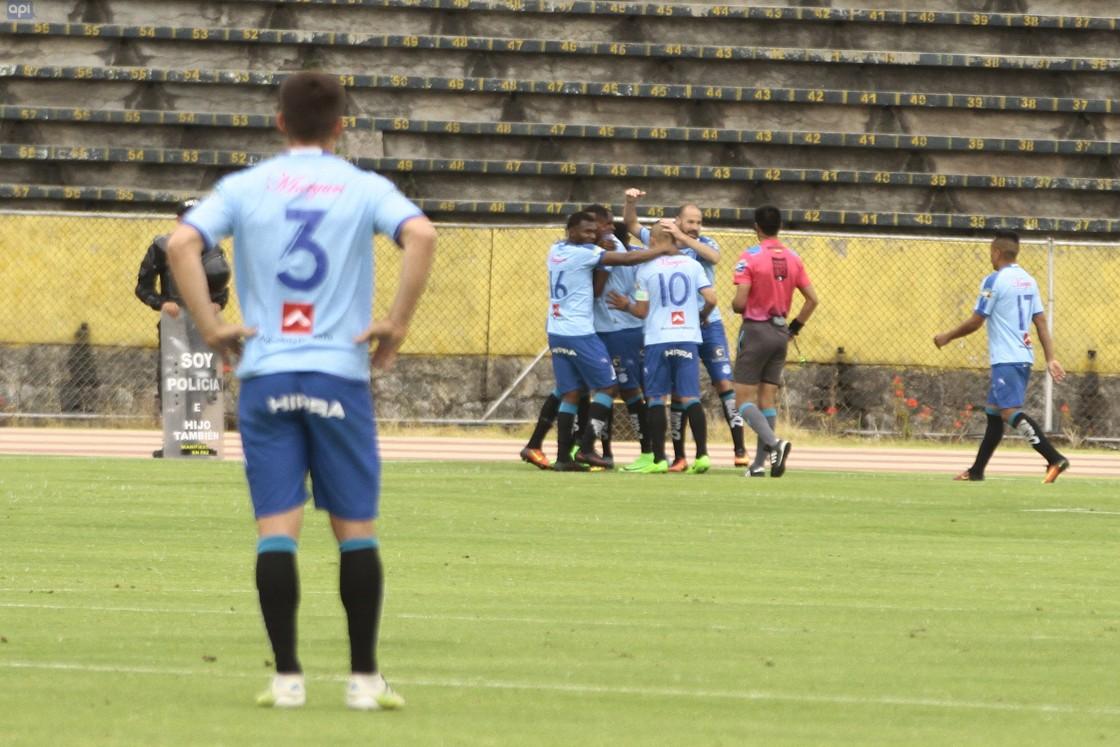 Macará fue el total dominador del encuentro y se llevó la ventaja, pero hubo un gol de Cifuente anulado