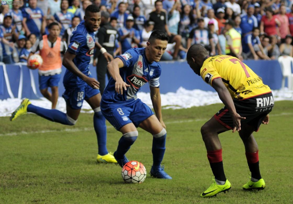 Emelec renovó el contrato con Marcos Mondaini por dos temporadas más