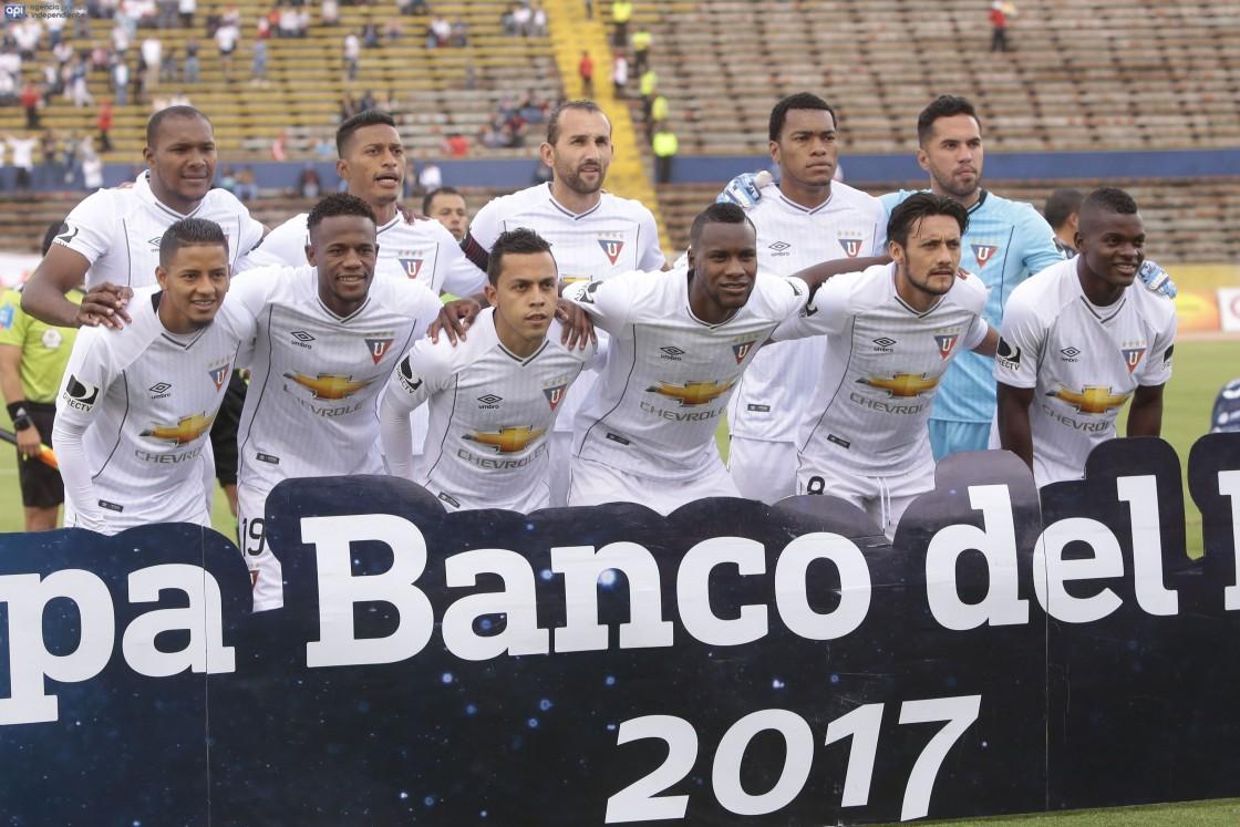 Vuelve Fernando Guerrero y Araujo estaría en los planes del técnico uruguayo