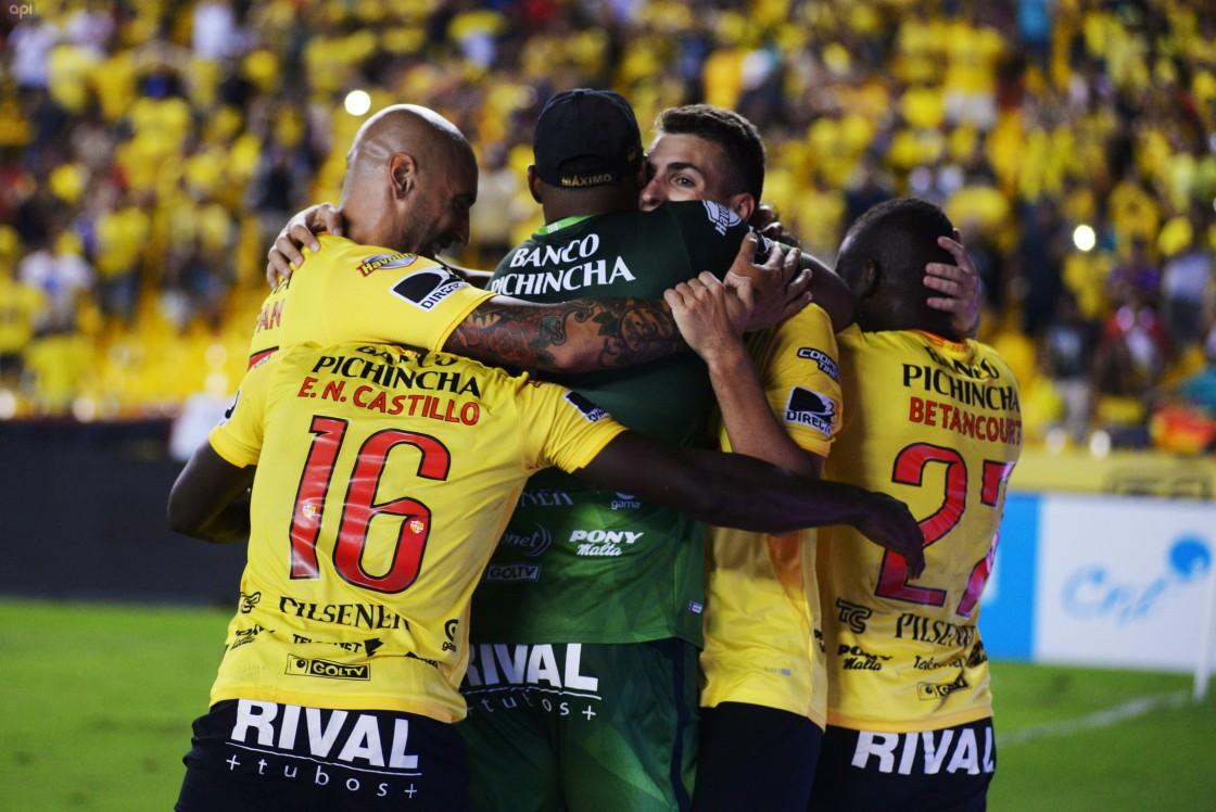 Barcelona pudo vulnerar sobre el final a Guayaquil City
