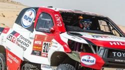 Carlos Sainz va camino de conseguir su tercer Dakar al ganar la décima etapa