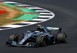 Duelo Mercedes y Ferrari en Silverstone con un juez inesperado: el calor