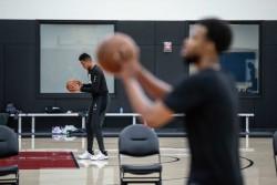 Los entrenamientos en la NBA comienzan con preocupación por positivos al Covid-19