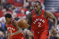 Raptors ganan duelo a Sixers; George y Westbrook viven noche especial (Resumen)