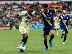 Renato Ibarra participó en el empate entre Águilas y Pumas