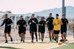 Peñarol de Forlán vuelve a Uruguay tras mini gira para presentación oficial