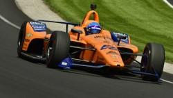 La lluvia suspende temporalmente la eliminatoria de Alonso en el Indy 500