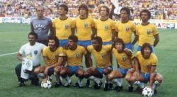 Jugadores de la selección brasileña de 1982 hacen campaña contra la COVID-19
