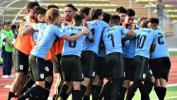 Uruguay golea a Argentina, y Brasil sufre para superar a Paraguay (Resumen)